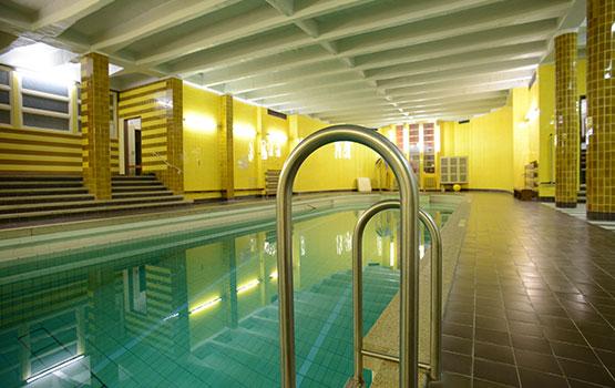 Schwimmbad des christlichen Gästehauses Tanne Elbingerode